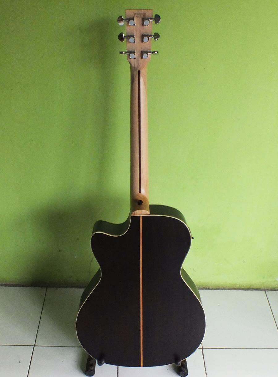 Jual Gitar Lakewood Sungha Jung Custom Akustik ELektrik